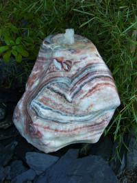 Onyxbrunnen ausgehöhlt + poliert