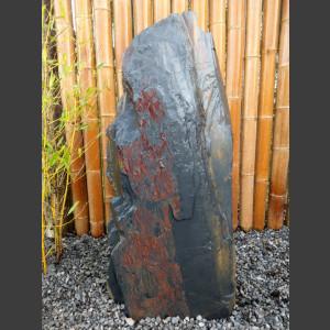 Monolith schwarz bunter Schiefer 135cm hoch
