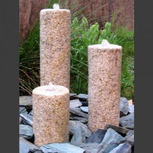 3 Obelisken Brunnenset gelber Granit rund 50cm1