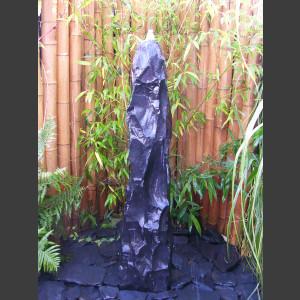 Quellstein Säule Marmor schwarz 120cm1