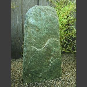 Solitärstein Felsen aus Facetten Serpentinit