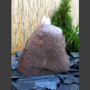 Findling Brunnen roter Granit 20cm