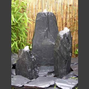 Triolithen Quellsteine grau-schwarzer Schiefer 50cm