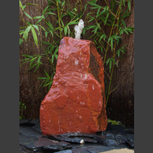 Quellstein roter Sandstein 35cm1
