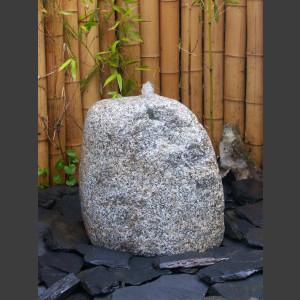Findling Quellstein grauer Granit 45cm1
