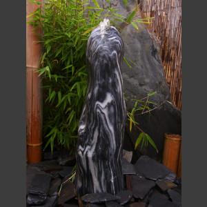 Monolith Marmor schwarzweiß geschliffe 65cm1