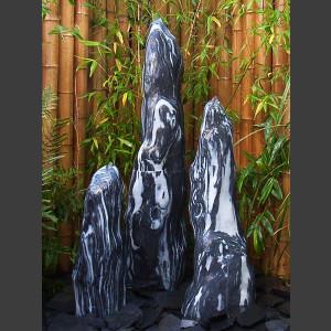 3 Quellstein Monolithen schwarz-weißer Marmor geschliffen 120cm1