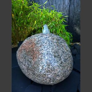 Findling Quellstein Brunnen nordischer Granit 30cm
