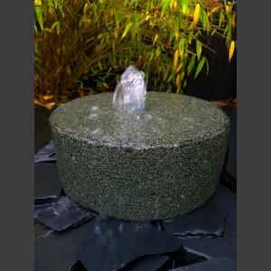 Mühlsteinbrunnen schwarzer Granit 30cm
