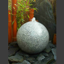 Granit Kugel Sprudelstein grau poliert 40cm