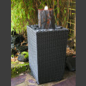 Terassenbrunnen grau-brauner Schiefer im Flechtkorb