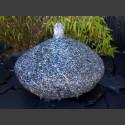 Findling Quellstein Brunnen grauer Granit 25cm