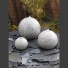 3er Gruppe Granit Kugeln Sprudelsteine grau 40/30/20cm