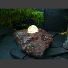 Lava Quellstein mit drehender Glaskugel 10cm