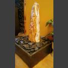 Zimmerbrunnen Onyx Monolith geschliffen in 4eckigem Granitbecken