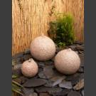 3er Gruppe Granit Kugeln Sprudelsteine rot 40/30/20cm