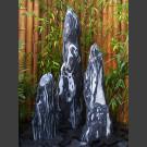 3 Monolithen Quellsteine schwarz-weißer Marmor geschliffen 120cm