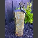 Bronze Antonio sur Colonne de Basalte