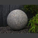 Boule en granite gris 40cm