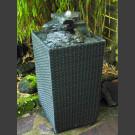 Fontaine pour la terrasse cascade schiste gris noir dans panier