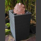 Fontaine pour la terrasse dans panier lave rouge-noir 10cm