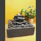 Fontaine d'intérieur set cascade gris-noire 3 pièces en bassin de granit carré