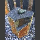 Bronze Oiseau sur Basalte