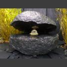 Rocher á Fontaine Basalte huître avec rotative boule en verre