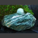 Bronsteen Rots van Lapland groen met rotierende bal lapland groen 12cm