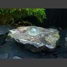 Blauwsteeen Bronsteen met roterende glas bal 10cm