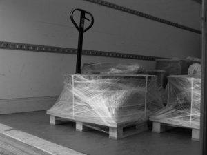 versand preise monolithique. Black Bedroom Furniture Sets. Home Design Ideas